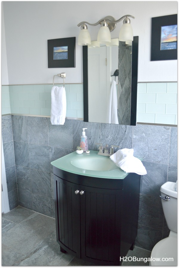 Family bath looks great and works for the whole family H2OBungalow home tour