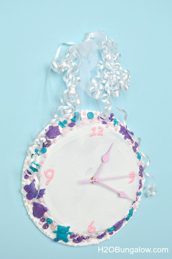 Decoden-Nursery-Clock-H2OBungalow