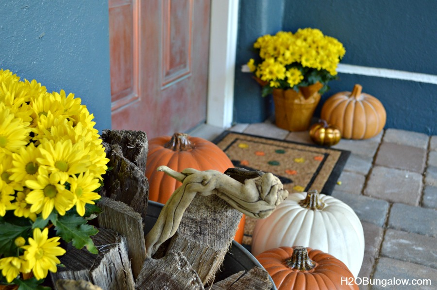 Fall-Monogram-DIY-Doormat-H2OBungalow