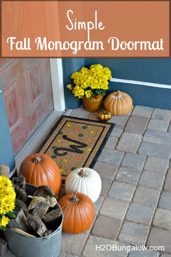 Simple fall monogram doormat sporting vivid fall colors will have you smiling each you walk up to the door. www.H2OBungalow.com #fall #fallcrafts