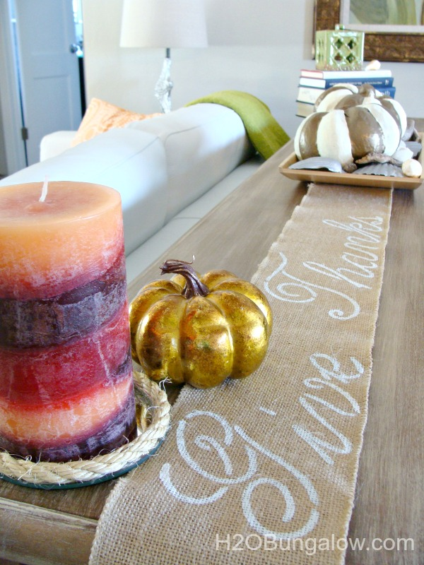 Give Thanks no sew burlap table runner. Looks great on a sofa table as well as a holiday tablescape! www.H2OBungalow.com #Thanksgiving
