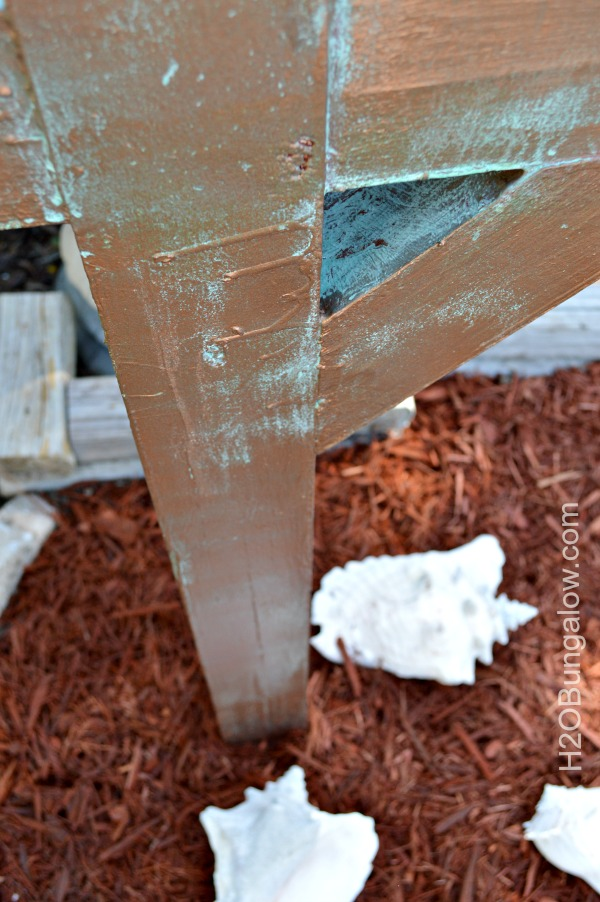 Mailbox-Post-After-Modern-Masters-Metal-Effects-Aged-Copper-Patina-H2OBungalow
