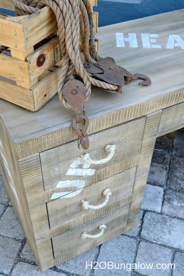 Paint-cargo-style-crate-desk-DIY-H2OBungalow