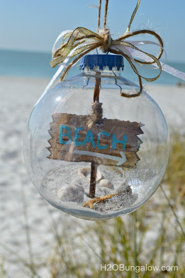 Sand-starfish-shells-and-driftwood-coastal-Christmas-ornament-H2OBungalow