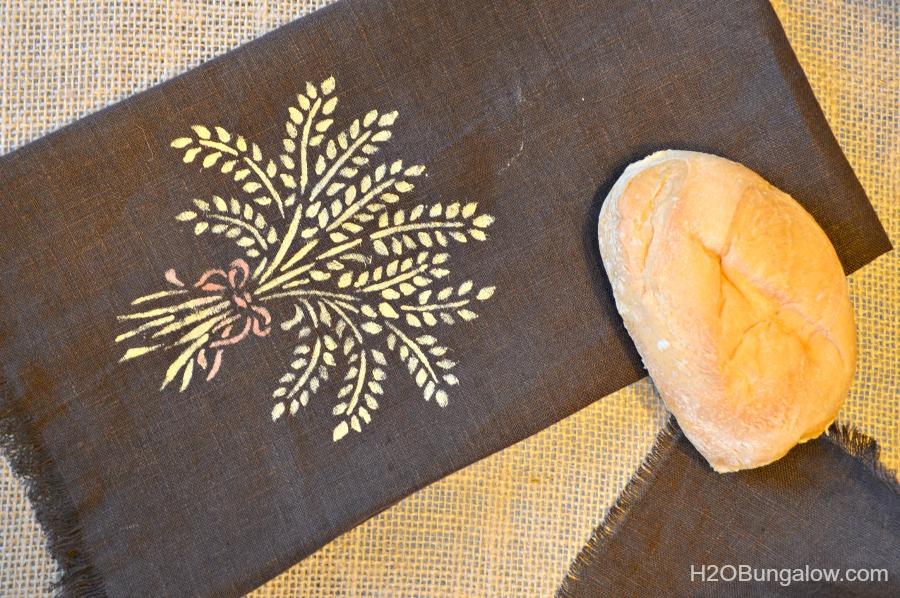 Stenciled-linen-tea-towel-H2OBungalow