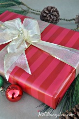 Beautiful-bow-and-box-wrapping-tutorial-H2OBungalow