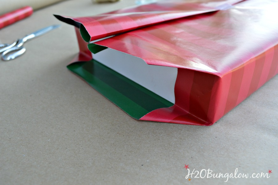 Cut-paper-for-perfect-wrapping-H2OBungalow