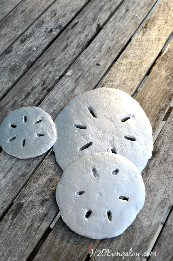 Concrete-sand-dollars-are-easy-to-make-H2OBungalow