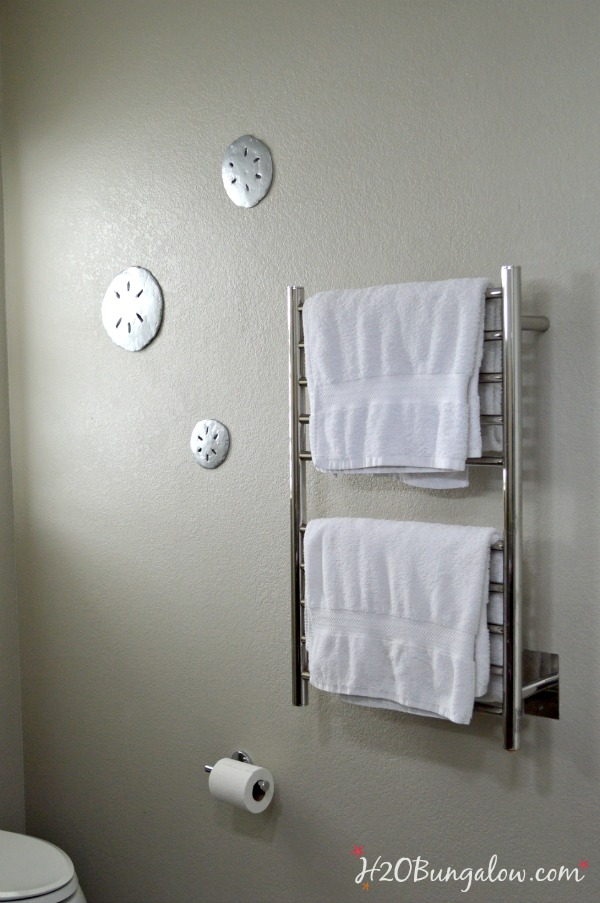 Concrete-sand-dollars-look-greatin-our-modern-master-bath-H2OBungalow