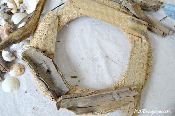DIY seashell wreath and tutorial H2OBungalow