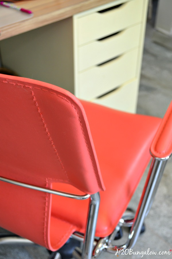 Perfect smooth finish on Chalk Painted modern leather office chair See tutorial and pint color recipe in this post by -H2OBungalow #paintedfurniture #modernpaintedfurniture