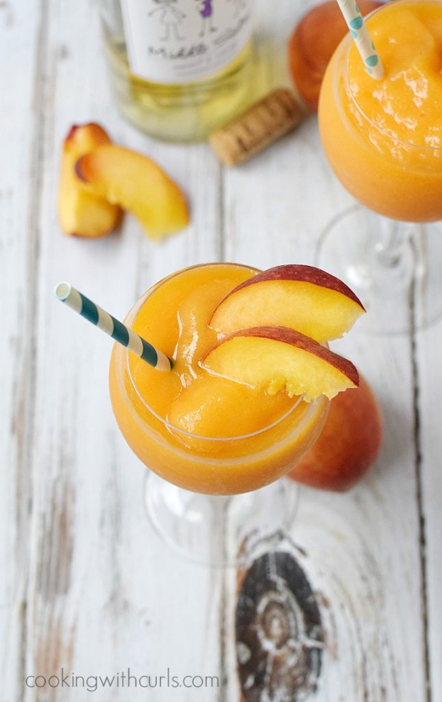 Peach Moscasto Smoothie DIY Sunday Showcase feature