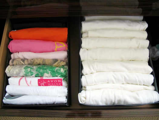 Fold and stack clothes on end