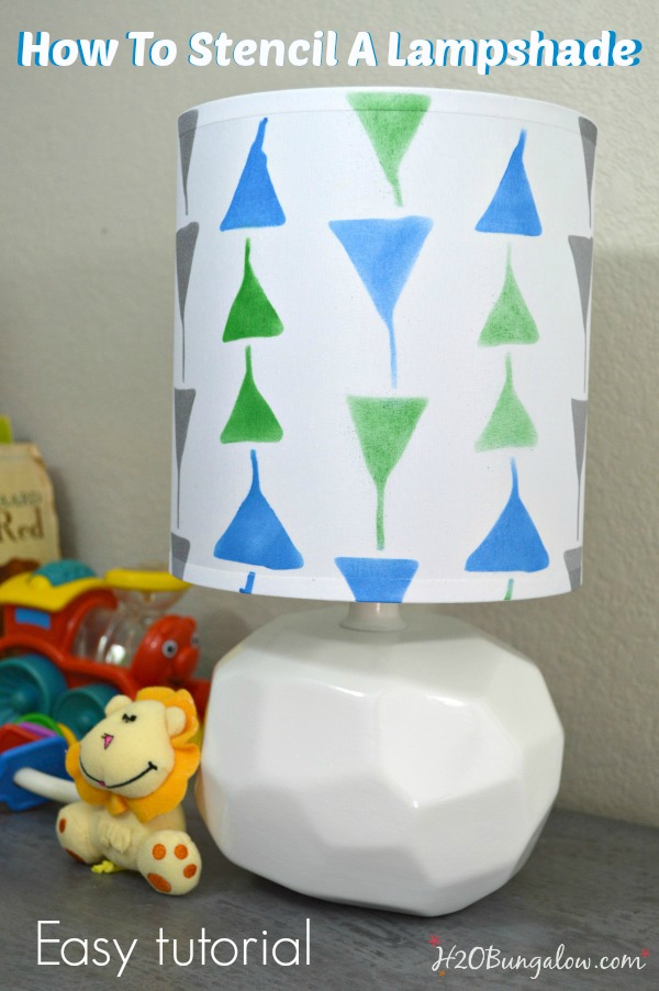 How to stencil a lampshade easy tutorial.  Update an old or plain lamp for a custom accesory look by H2OBungalow