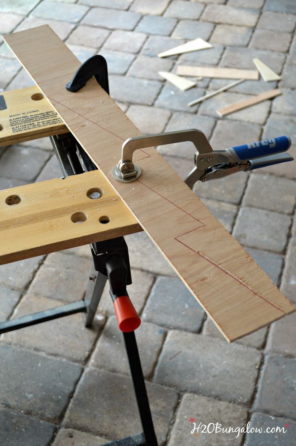 DIY easy build wall fie folder holder H2OBungalow