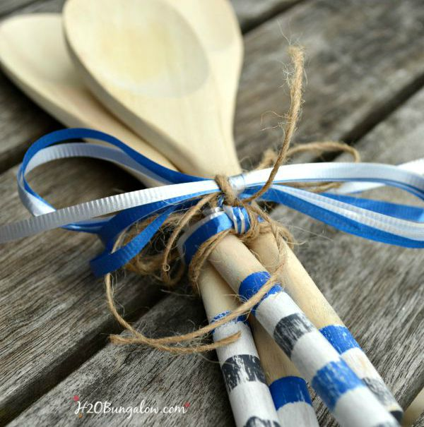 Hostess-BBQ-wooden-spoons-giftsquare-H2OBungalow