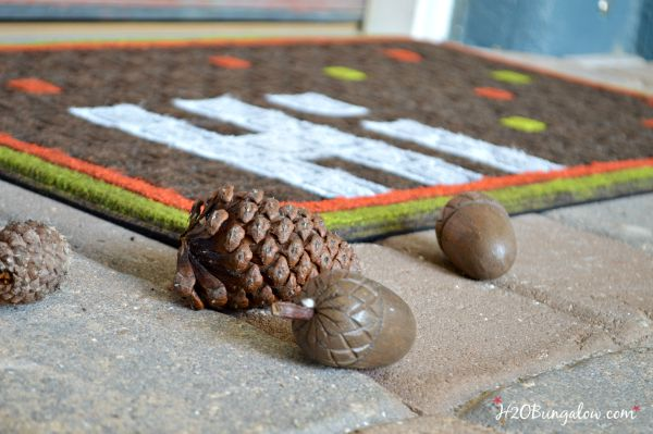 Transition into fall with a colorful and easy DIY fall dormat project www.H2OBungalow.com