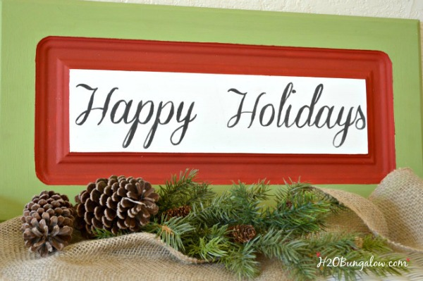 Holiday-Greets-sign-from-a-cabinet-door-H2OBungalow