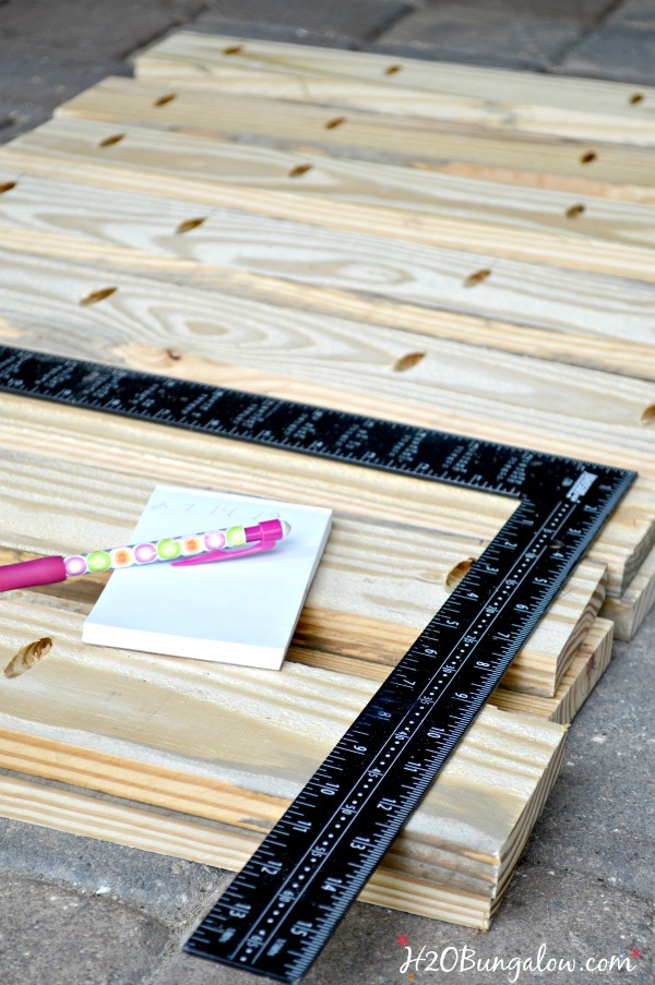 DIY-Key-West-wood-planter-tutorial-H2OBungalow