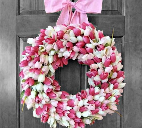 door-wreath-tulips-idea-500x450
