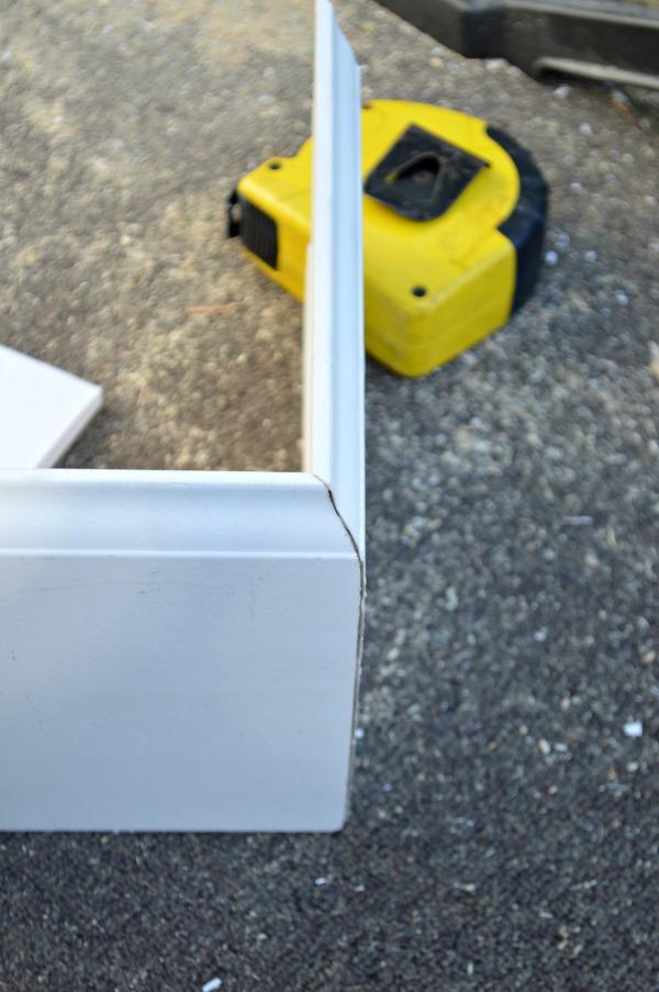DIY baseboard tutorial outside corner cut