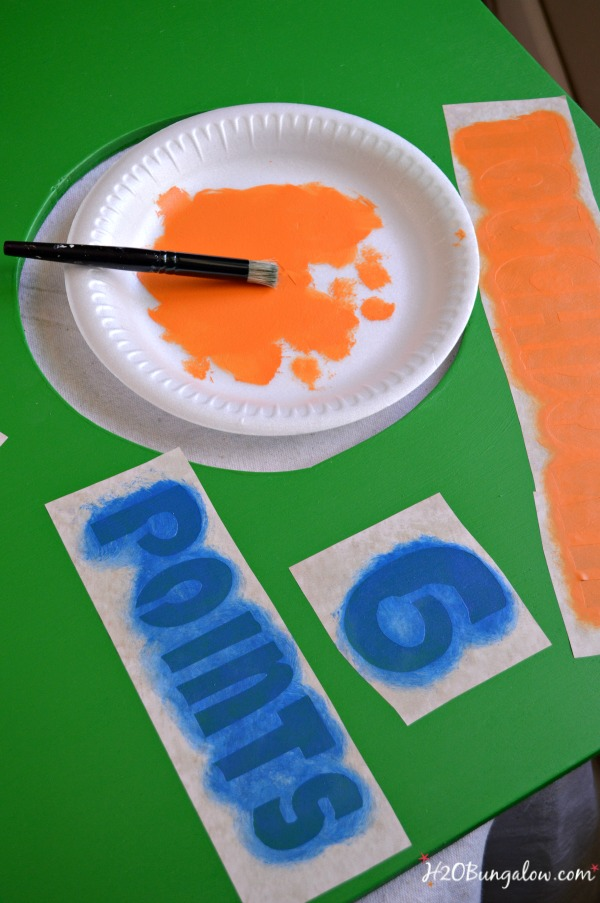 paint-stencil-fl-gators-football-toss-game-H2OBungalow
