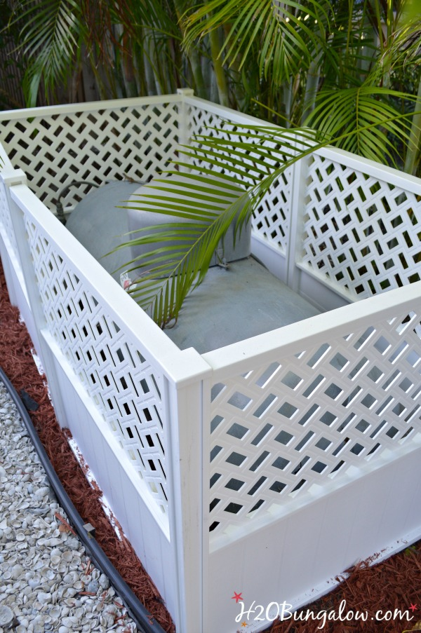 Easy Privacy Screen Hides Ugly Yard Items H20bungalow