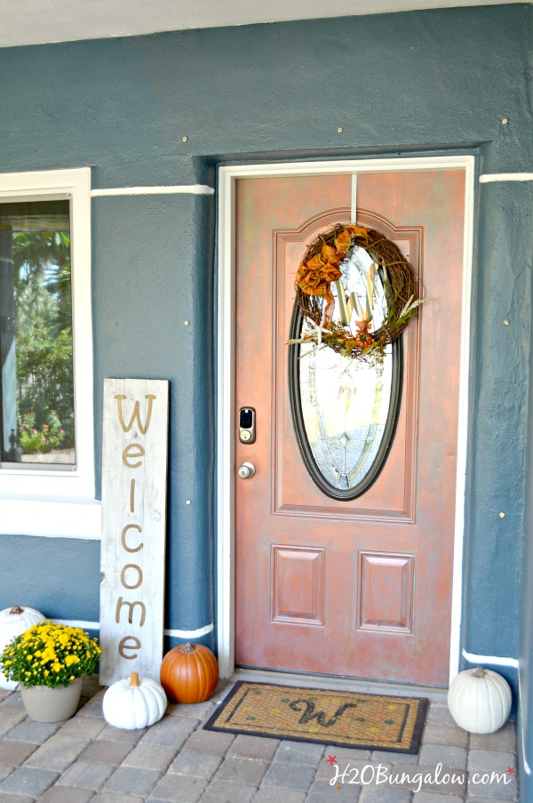 4 step tutorial to make an easy large DIY wood welcome sign. Looks great by the front door or inside in a seasonal vignette. Save money and make your own! tutorial by H2OBungalow