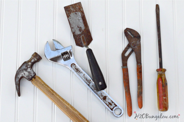 rusty-tools-before-cleaning-h2obungalow
