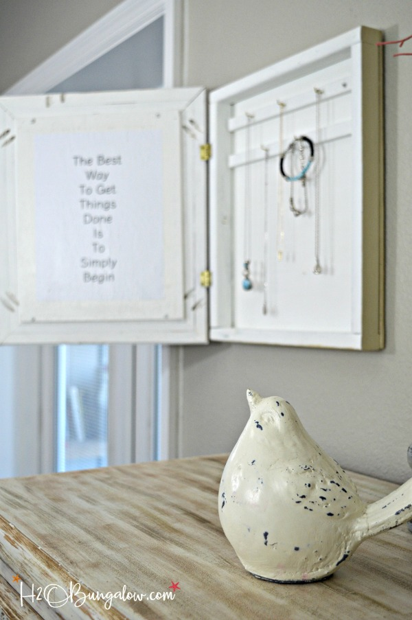 Hanging DIY Hidden Jewelry Organizer H20Bungalow