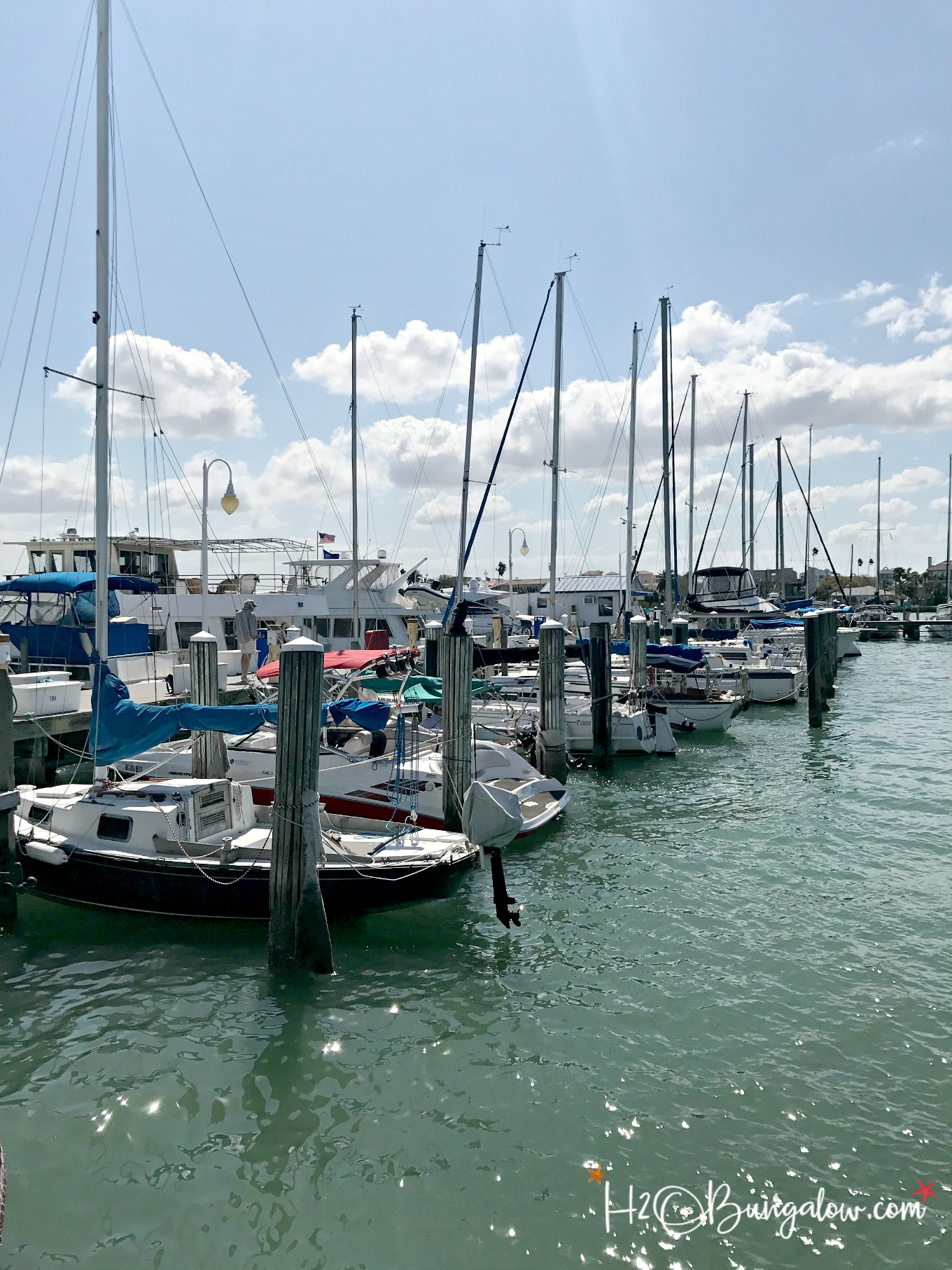 Rough seas and high winds had us change our plans on a weekend sail but we still had fun Visiting Clearwater Fl by boat and exploring this cute beach town.