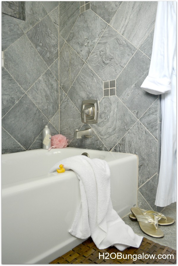 Five inspiring before and after bathroom makeovers from a DIY Blogger. Includes coastal, farmhouse and contemporary bathroom makeover and remodel ideas with tutorials. Find over 450 home improvement and home decor tutorials on H2OBungalow.com