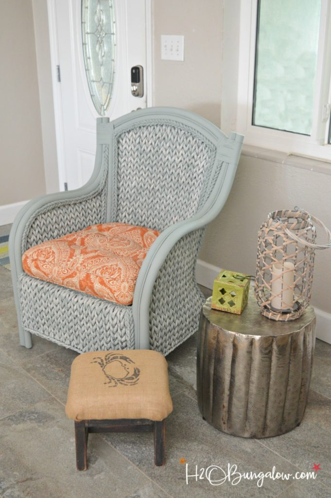 How to paint wicker furniture quickly and easily h20bungalow for How to paint rattan patio furniture