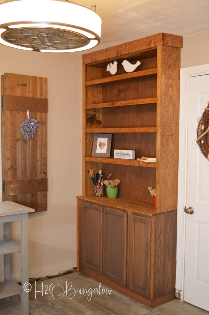 How To Build Built In Bookcases With Cabinets H20bungalow