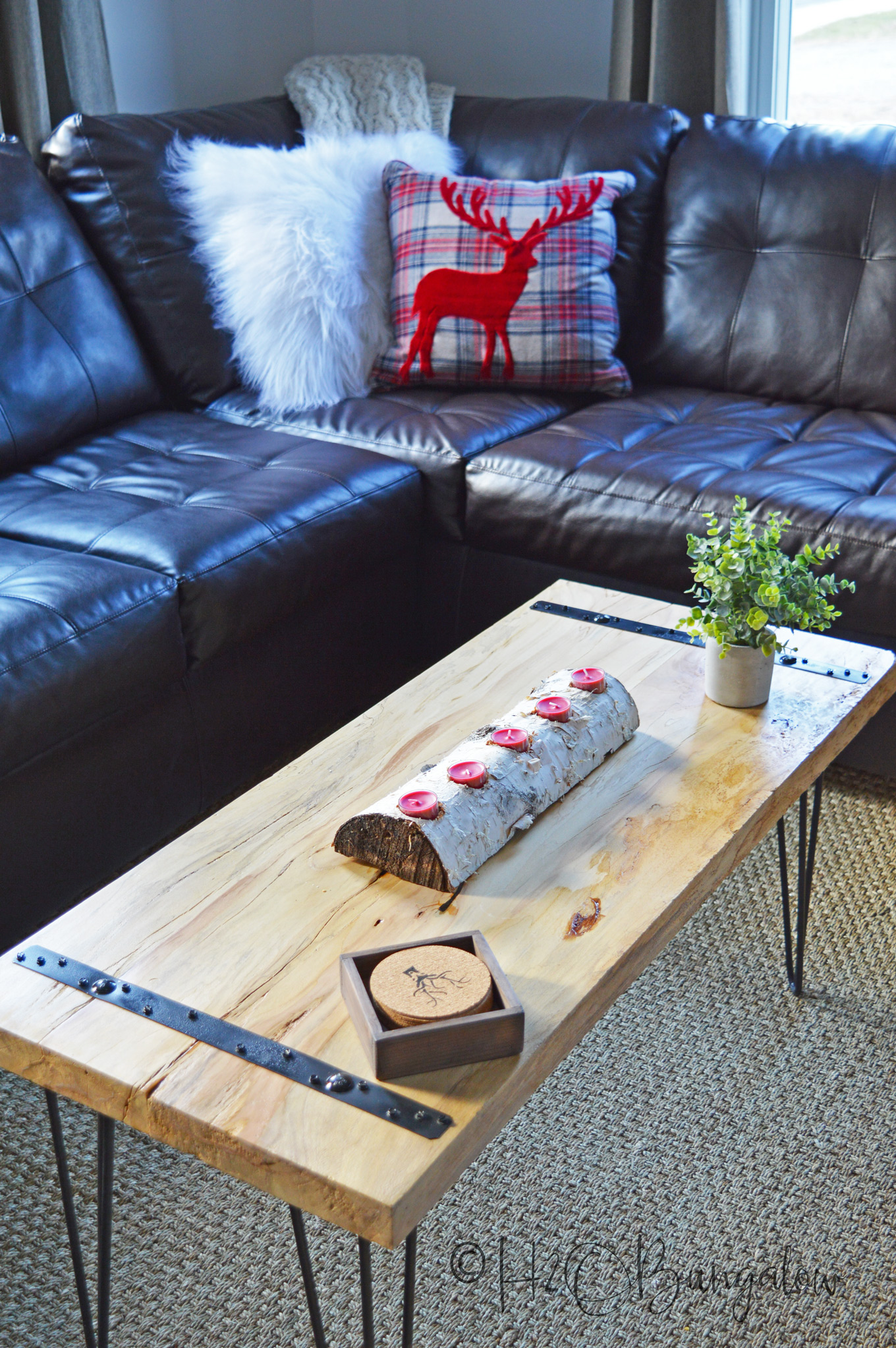DIY Rustic Coffee Table Tutorial H20Bungalow
