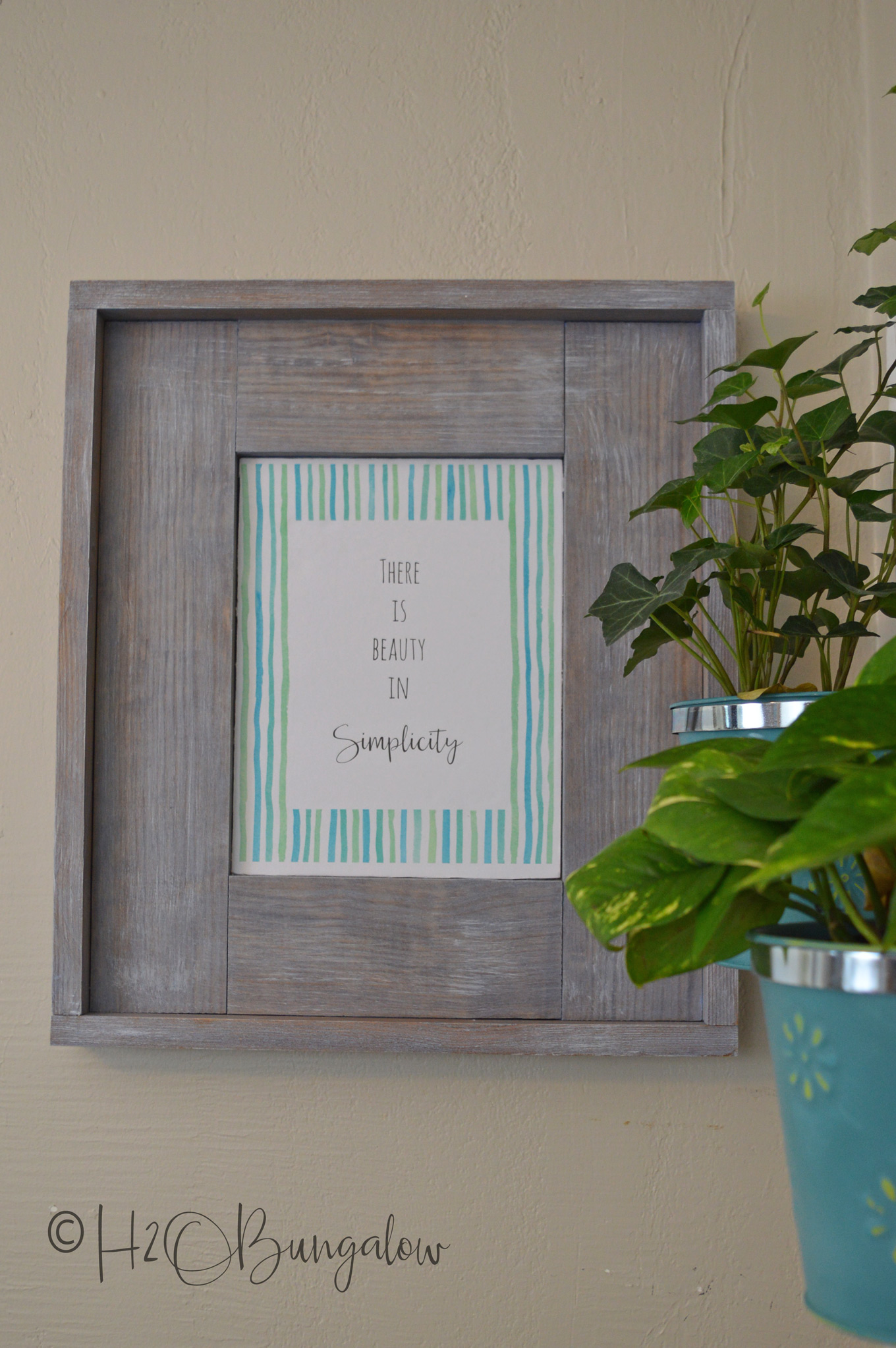 Easy DIY Rustic Picture Frame & More Printable Frames - H20Bungalow