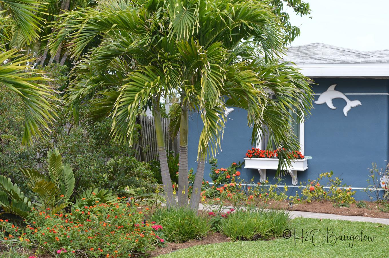 H2OBungalow Florida Spring Garden Tour - H20Bungalow