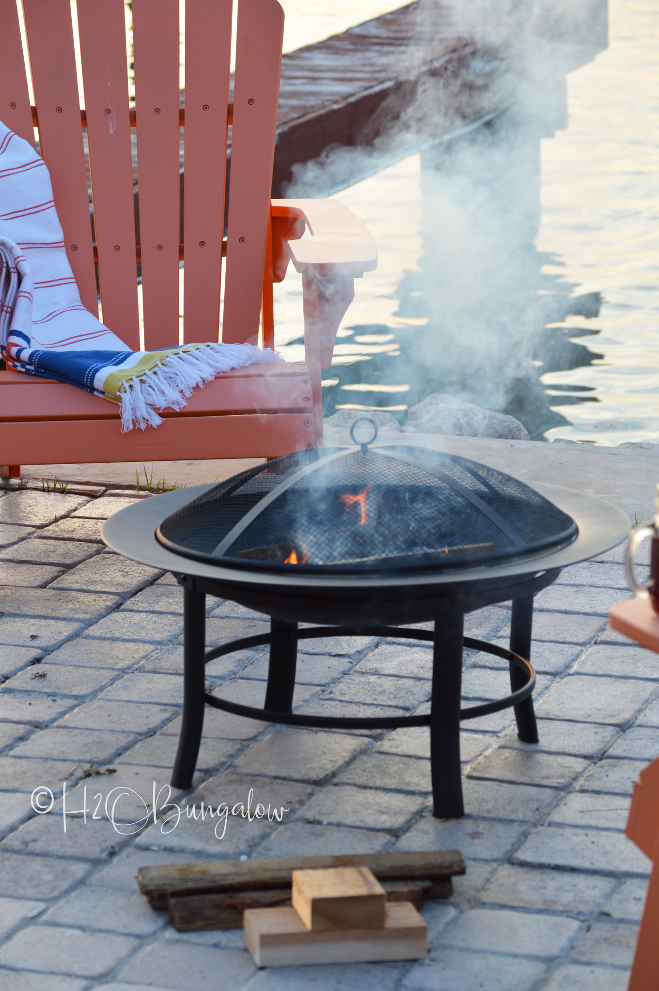 Follow these fire pit tips and and I'll show you how to start a fire in a fire pit quicker, safer and more efficiently, every-time. You may be surprised that I don't start with a tee-pee shaped fire! These fire pit tips and tricks will get your summer fire pit season off to a good start, especially if relaxing by a crackling fire pit is on your agenda for this summer.