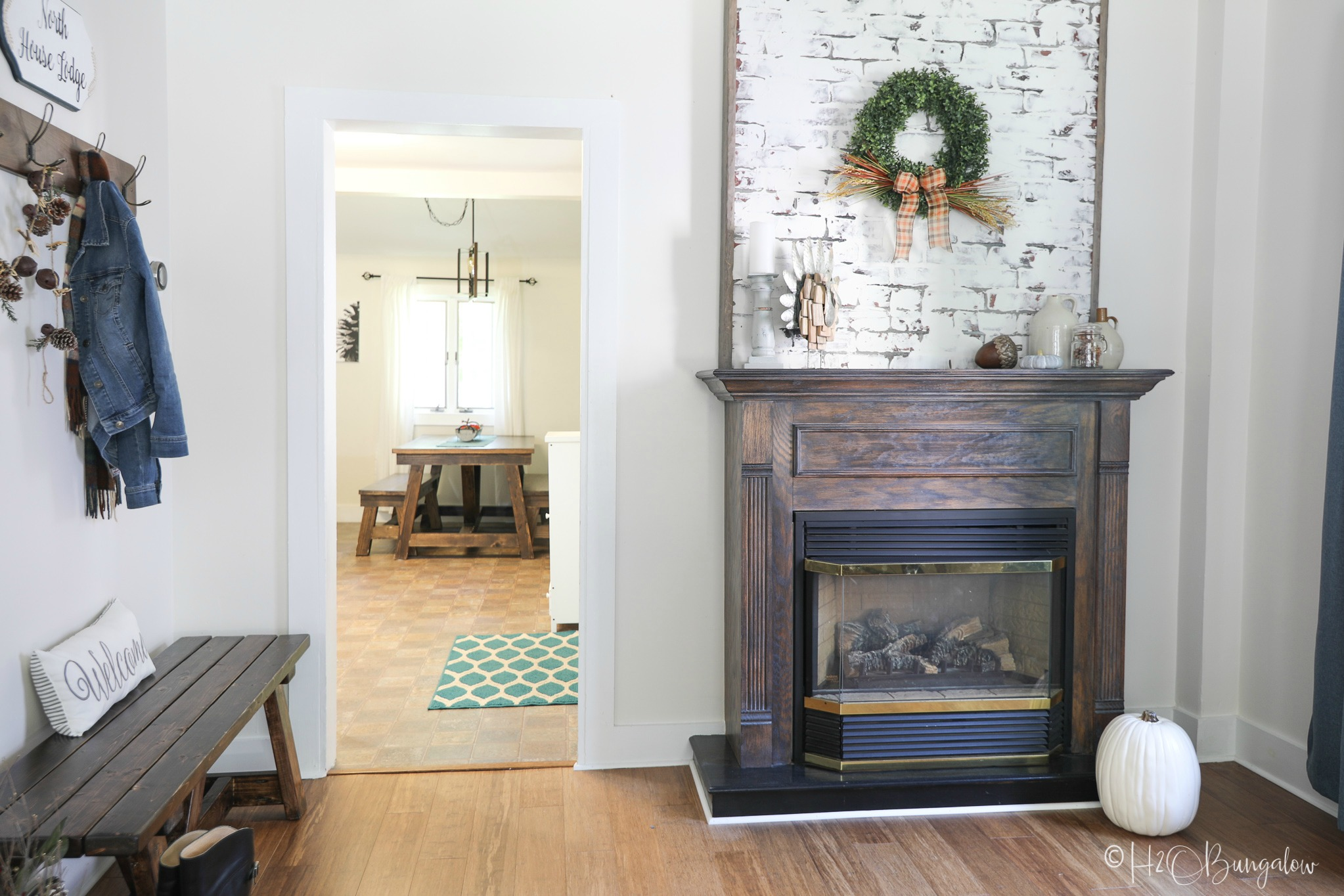 Home tour of the North House Lodge #54 H2OBungalow's DIY project house and a vacation rental nestled in Ludlow, VT a fabulous four season destination.