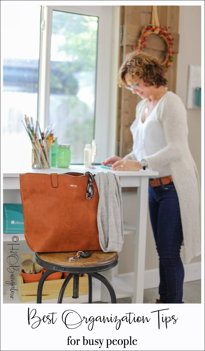 Best organization tips for busy people who work from home and on the go. Using my Ballard Tote from the SLATE COLLECTION. Sponsored