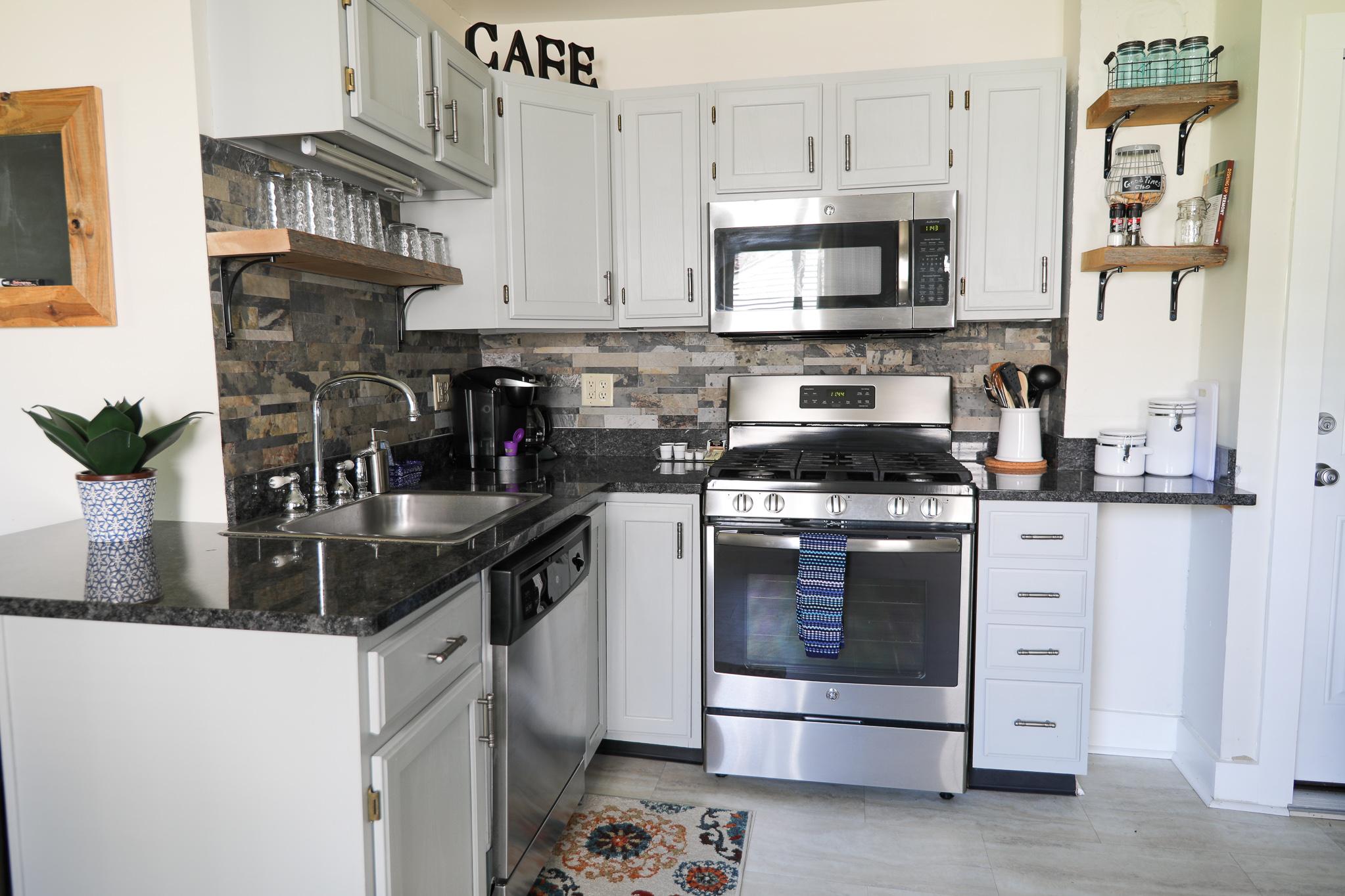 gorgeous kitchen open shelving ideas with reclaimed wood #reclaimedwood #shelvingideas
