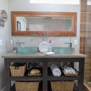Lots of gorgeous DIY shelving ideas for home decor and storage in this post!