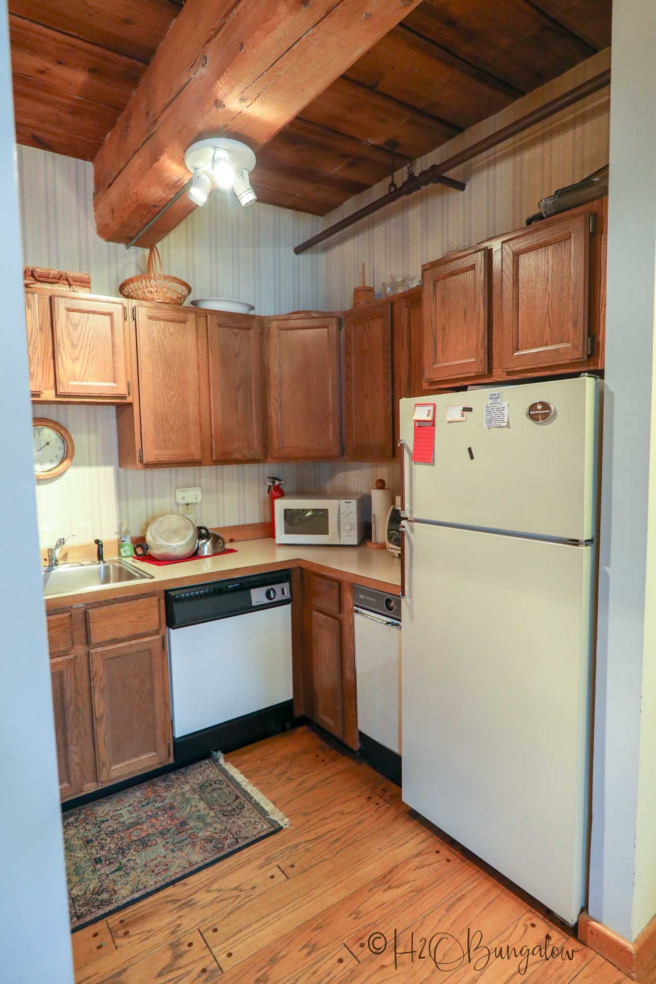 mill place kitchen before remodeling