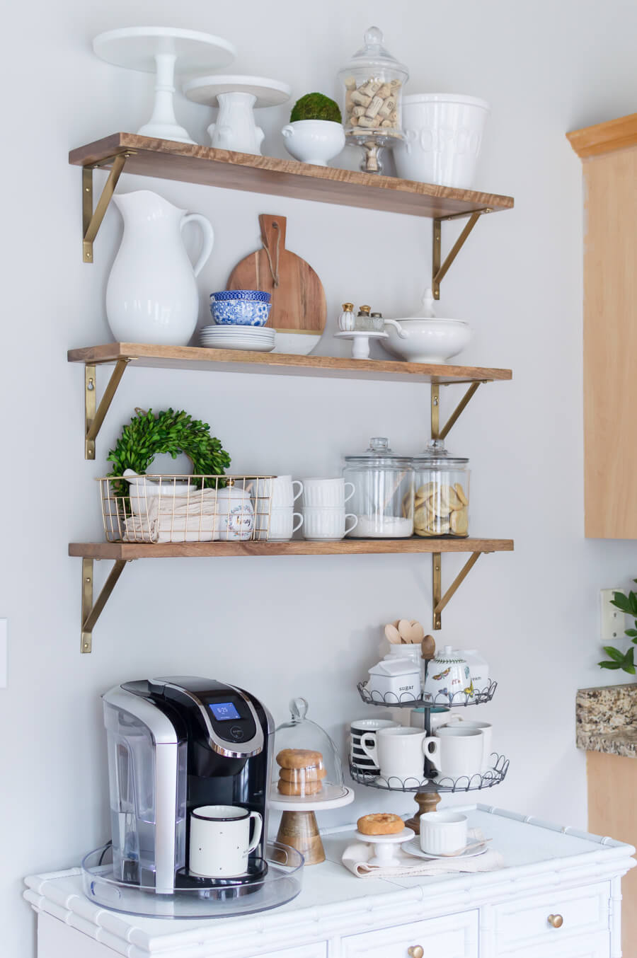 21 gorgeous open kitchen shelving ideas you can DIY