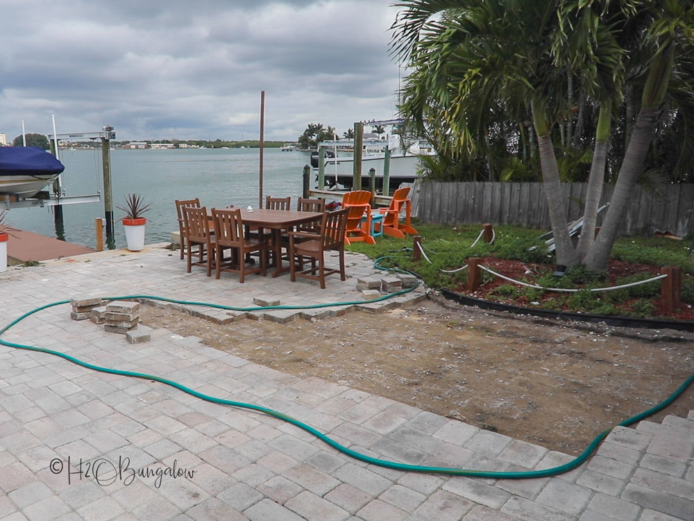 design garden shape with hose