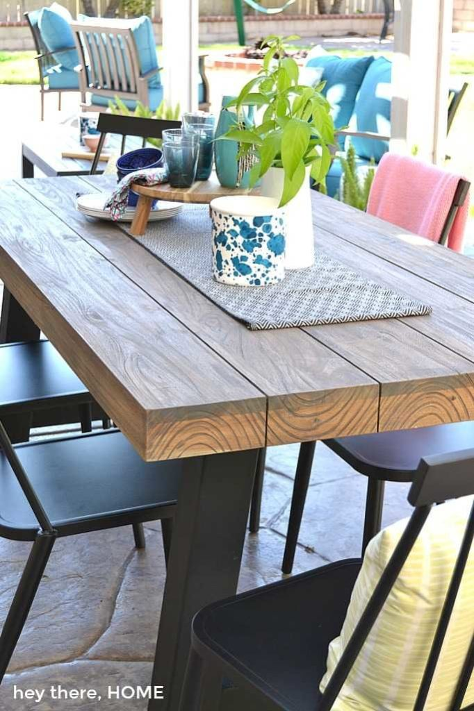 modern outdoor table and chairs