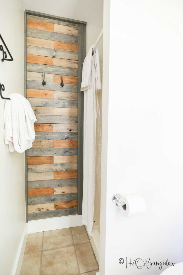 How to Make a Pallet Wood Wall