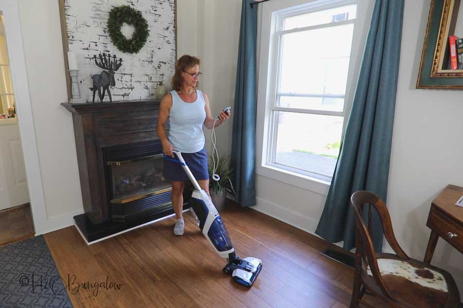 using FloorMate to clean floor