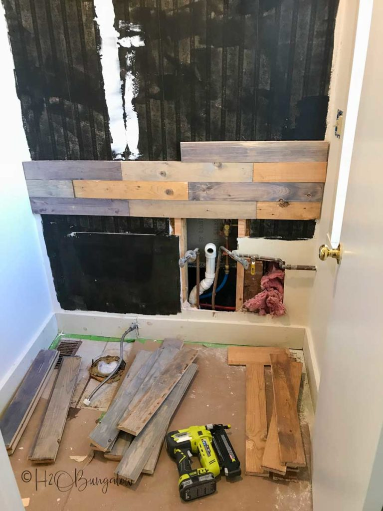 adding pallet wood to wall