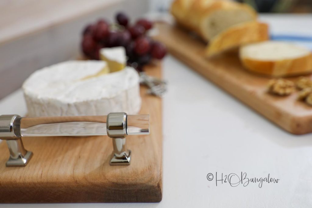 DIY cutting board with handles and without. 2 tool DIY tutorial